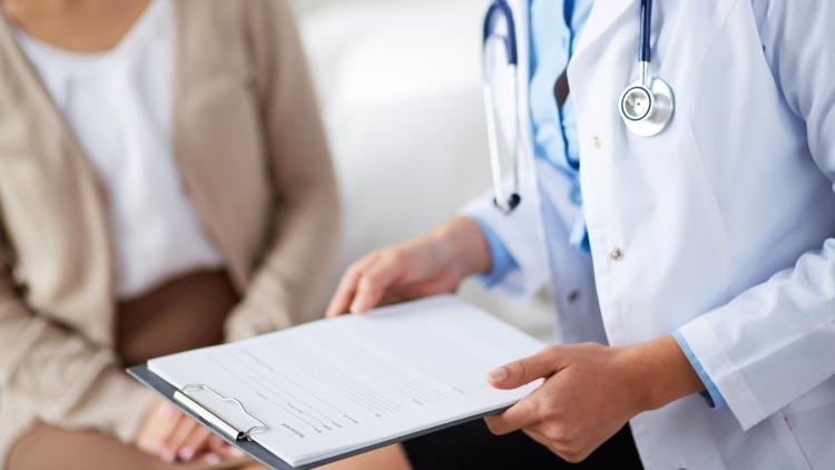 Der erste Besuch beim Frauenarzt als (mögliche) Schwangere