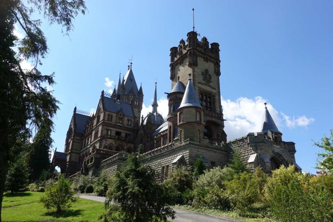 Ist Schloss Drachenburg & Drachenfels Kinderwagen geeignet?