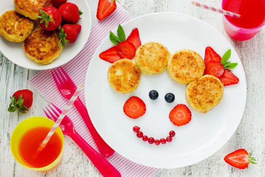 Essen für euer Kind süß und verspielt anrichten: als Gesicht