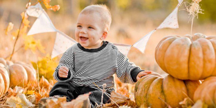 Dies sind die richtigen Anziehsachen für euer Herbstbaby
