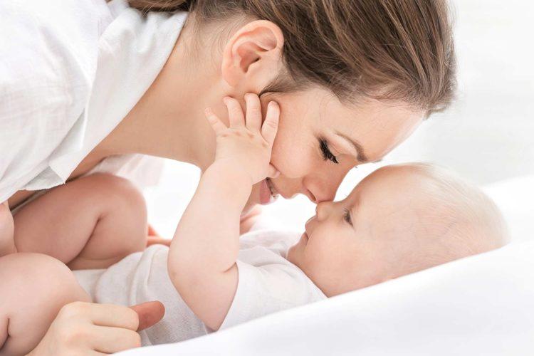 Erinnerungen einer Mama: Sammeln im Tagebuch für Mütter