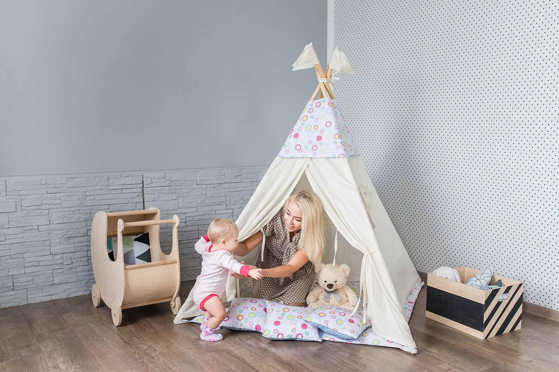 tipi f r das kinderzimmer ein zelt zum verstecken. Black Bedroom Furniture Sets. Home Design Ideas