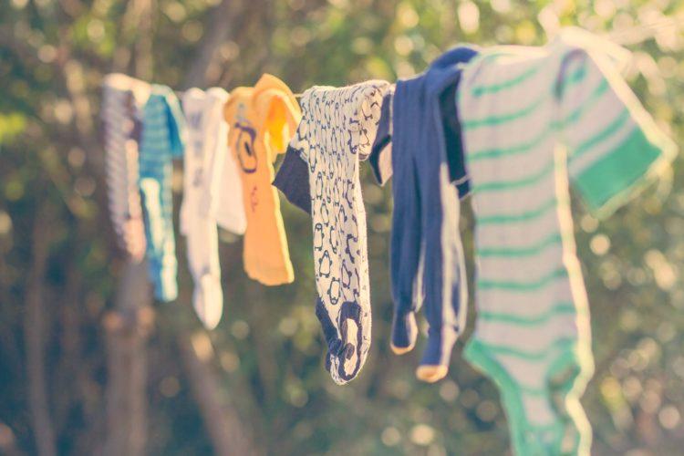 Wäsche waschen: Mit Baby und Kleinkind nimmt es kein Ende!