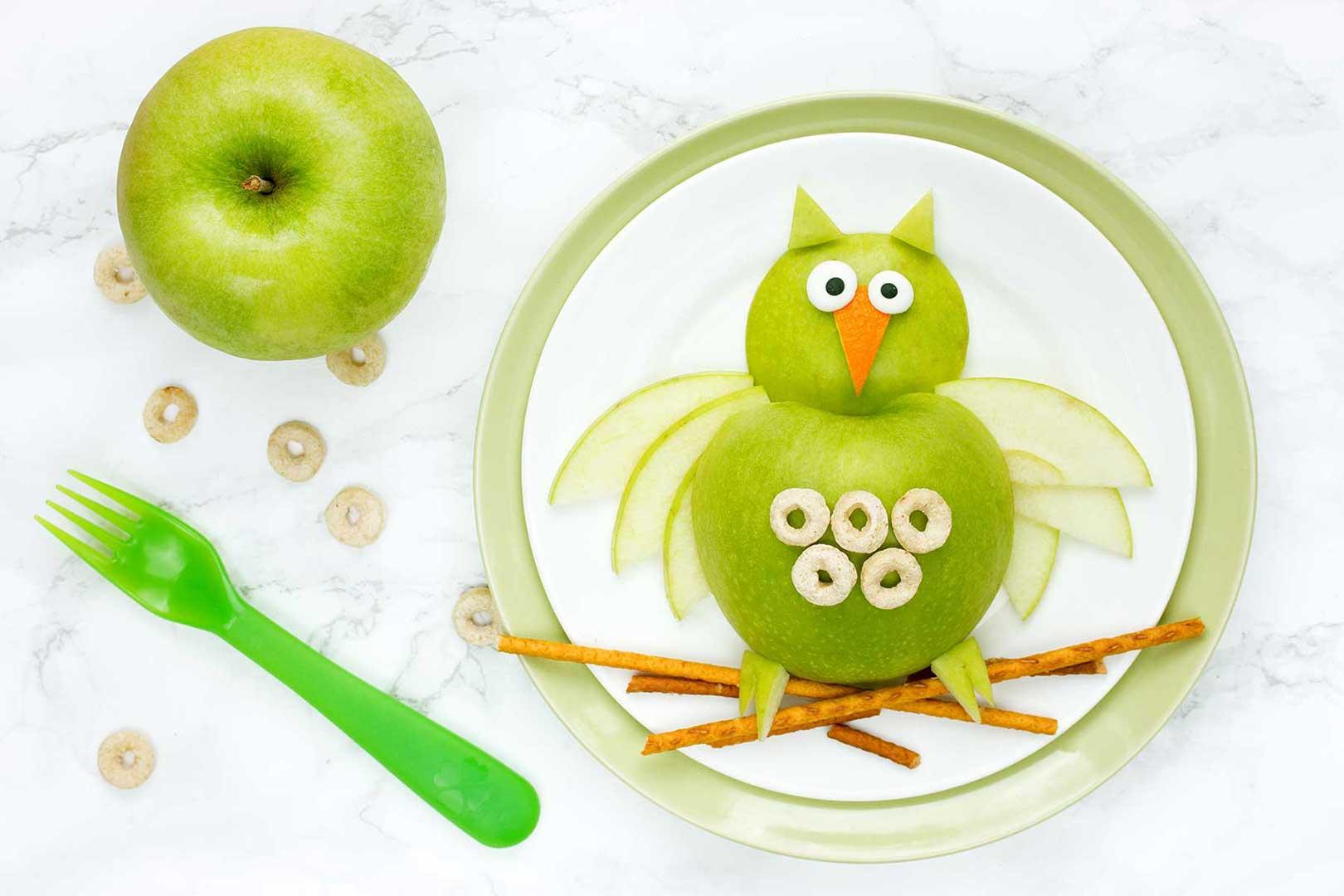 Apfeleule mit Frühstückskringel