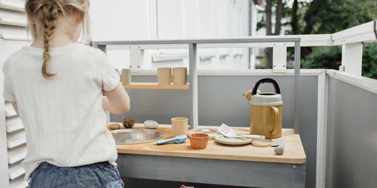 Matschküche für Kinder: Lohnt sich der Kauf?